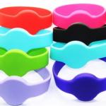браслеты для бассейнов и аквапарков